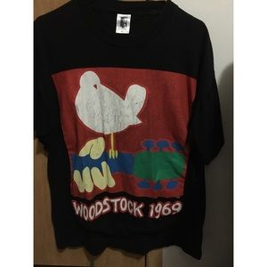Woodstock t shirt. 1990's!!